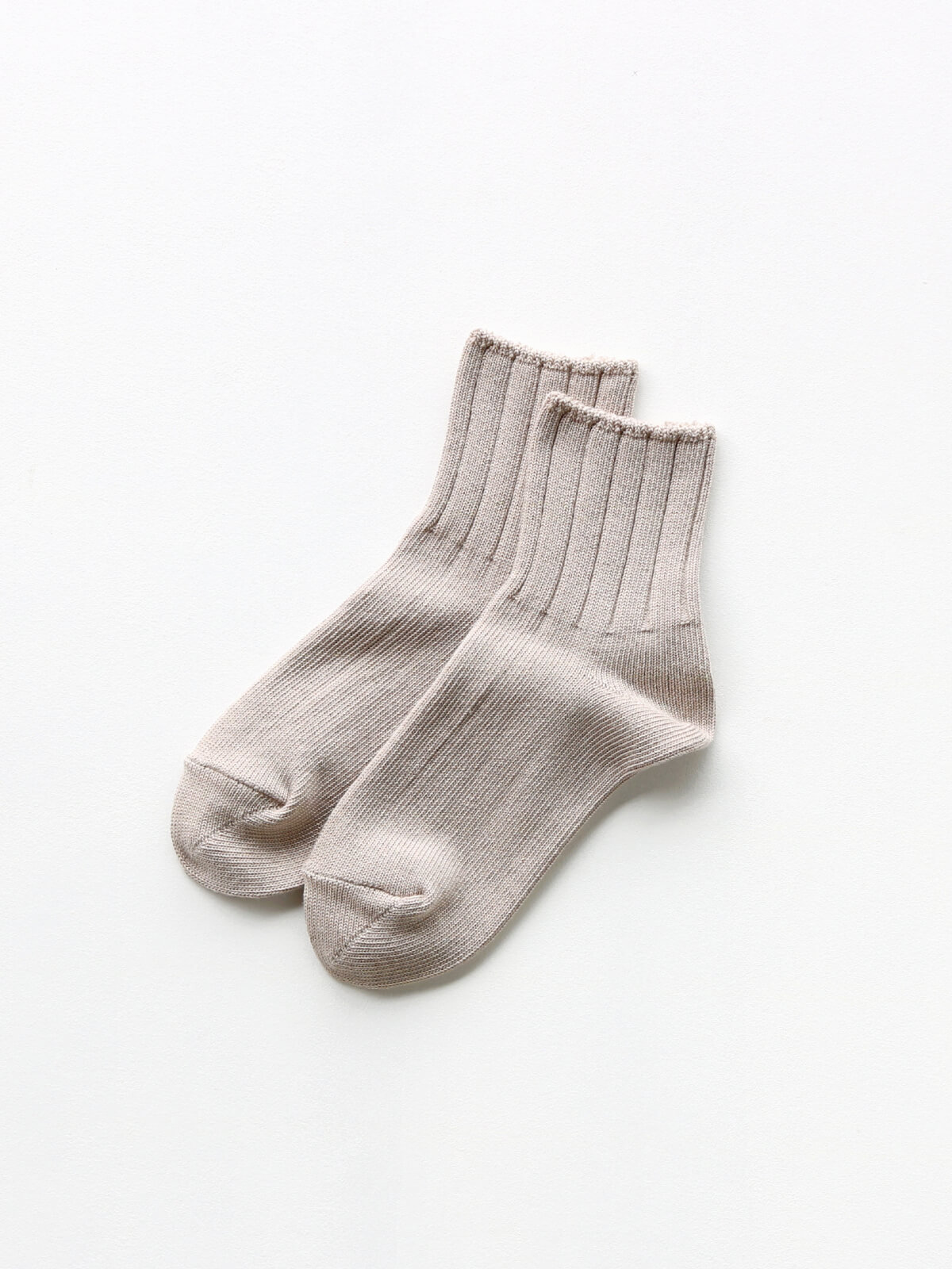 当たりつきギフト専用靴下のLUCKY SOCKS(ラッキーソックス)のSmooth Ankle Socks(スムースアンクルソックス)のグレージュ_2