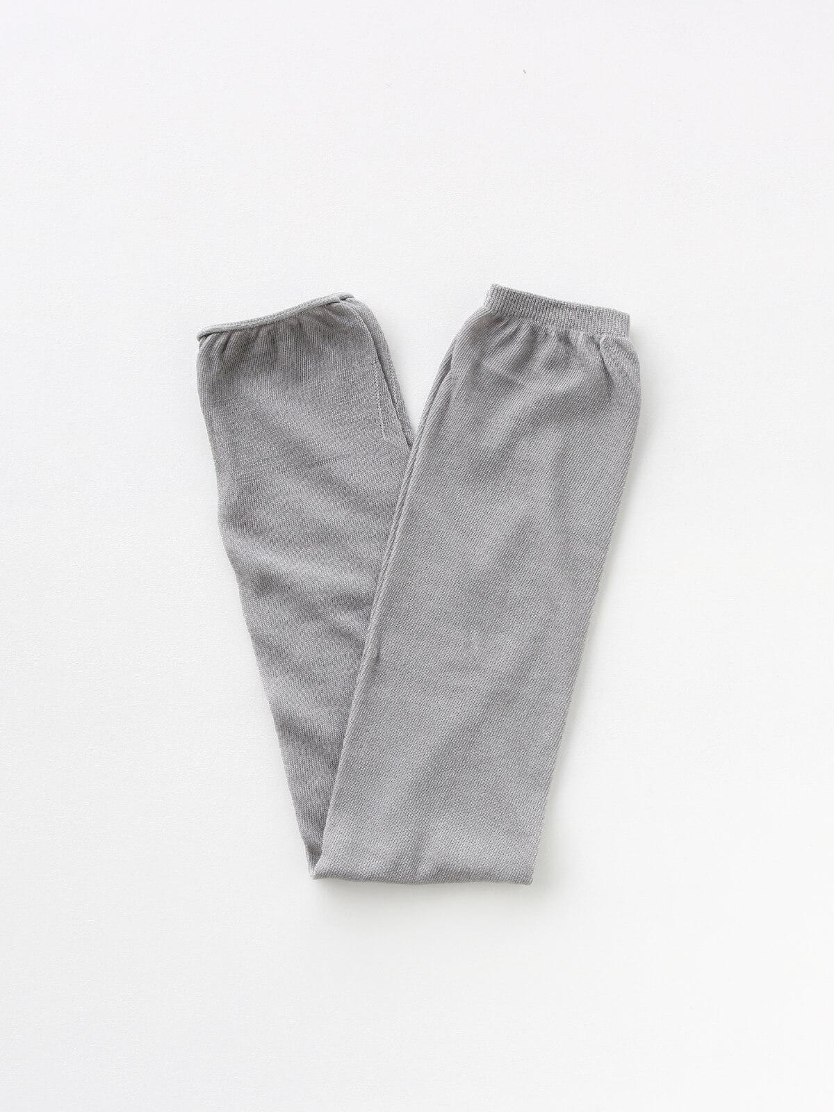 当たりつきギフト専用靴下のLUCKY SOCKS(ラッキーソックス)のSunscreen Plain Armcover(サンスクリーンプレーンアームカバー)のミディアムグレー_2