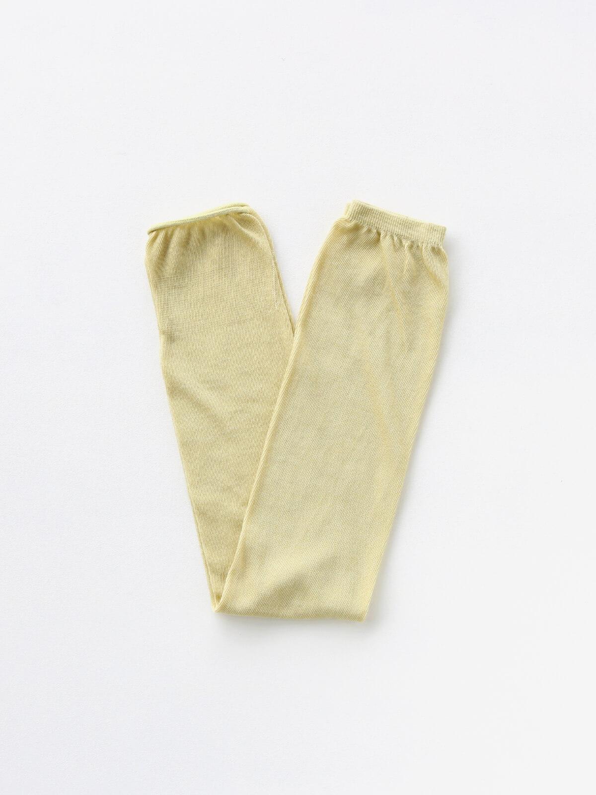 当たりつきギフト専用靴下のLUCKY SOCKS(ラッキーソックス)のSunscreen Plain Armcover(サンスクリーンプレーンアームカバー)のペールイエロー_2
