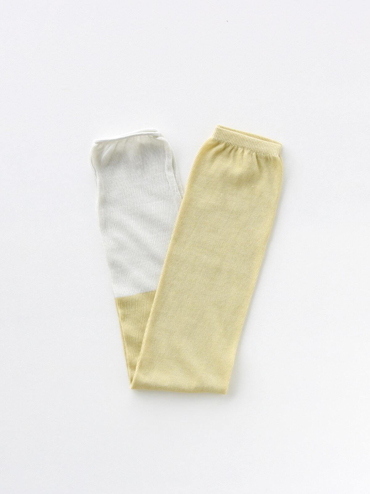 当たりつきギフト専用靴下のLUCKY SOCKS(ラッキーソックス)のSunscreen 2tone Armcover(サンスクリーン2トーンアームカバー)のペールイエロー×ミスト_2